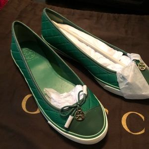 Tory Burch slides and wristlet package deal